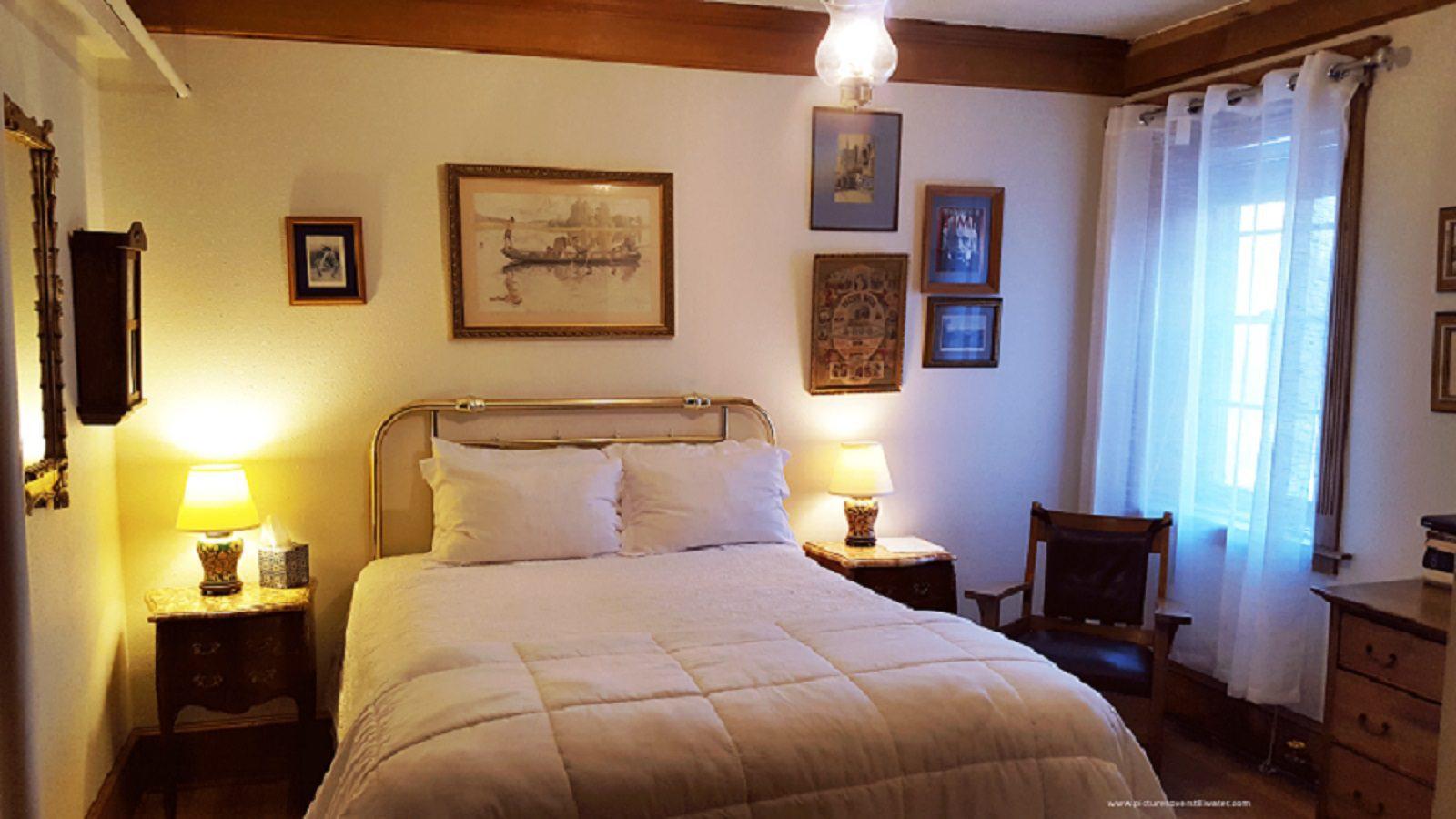 Albert Einstein Room - Bed